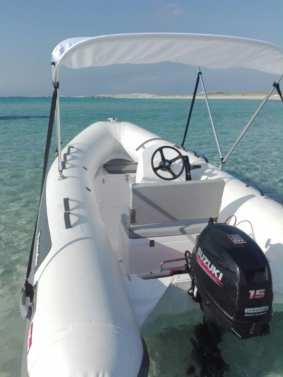 Boat rental Protender 420 in La Savina on Samboat