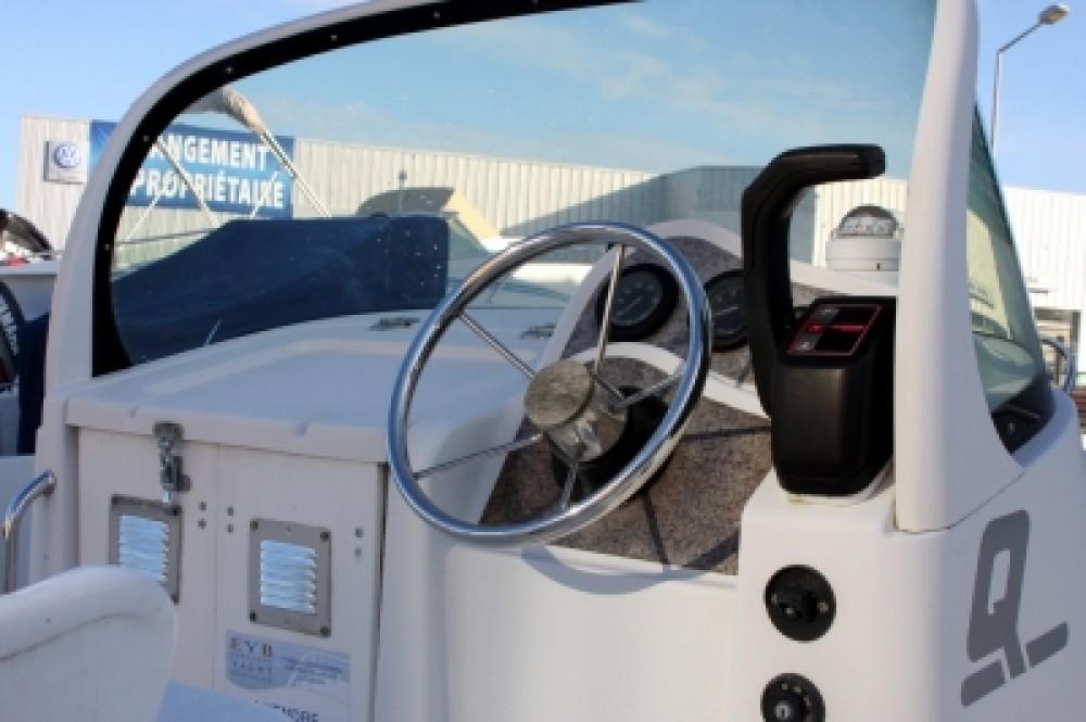 Rental Motor boat in Vannes - Quicksilver Quicksilver 550 Commander