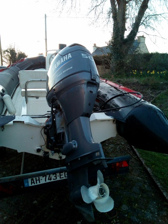 Bombard Explorer 550 DB between personal and professional Plouër-sur-Rance
