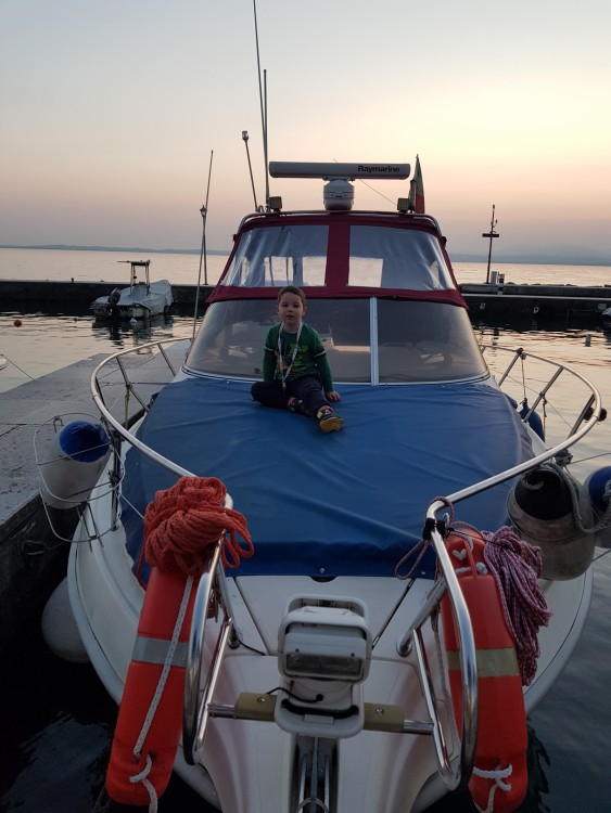 Motor boat for rent Lazise at the best price