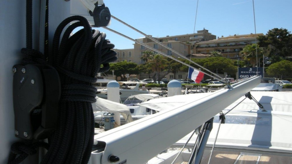 Rent a Bénéteau Oceanis 38 Bandol
