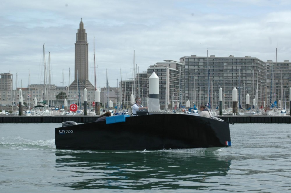 Hire Motor boat with or without skipper Lh Boats  Le Havre