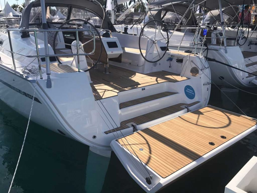 Boat rental Bavaria Cruiser 46 in Castellammare di Stabia on Samboat