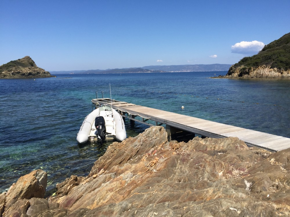 RIB for rent Port de Conjux at the best price