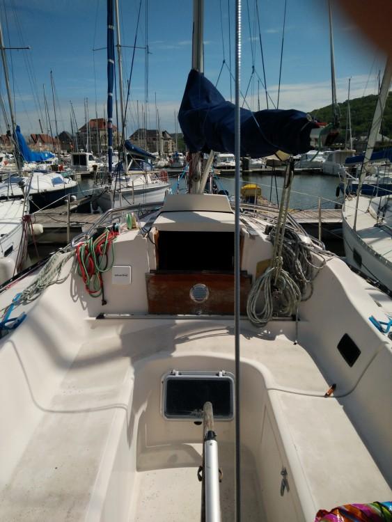 Rental Sailboat in Dives-sur-Mer - Kelt 900 DL
