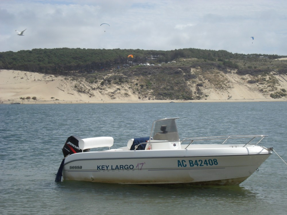 Rental Motor boat in Lège-Cap-Ferret - Sessa Marine Key Largo 17