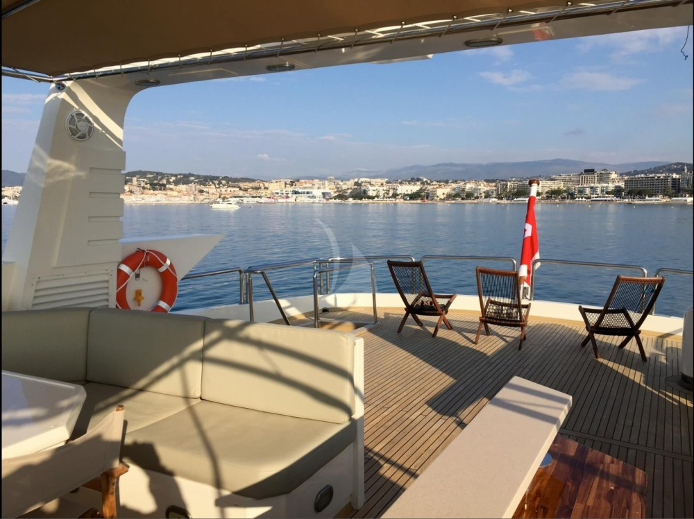 "Aegean Builder 31.00 metres (101' 8"") between personal and professional Saint-Tropez"