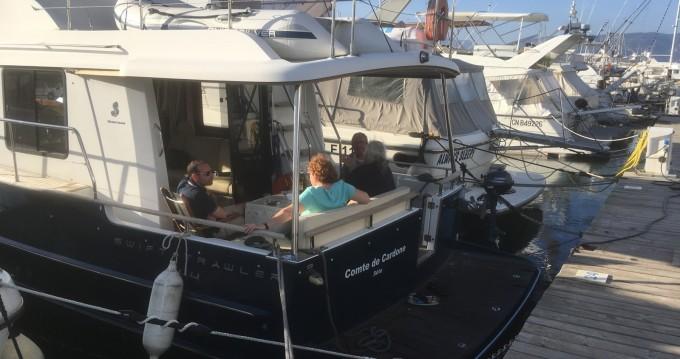 Hire Motorboat with or without skipper Bénéteau Saint-Mandrier-sur-Mer