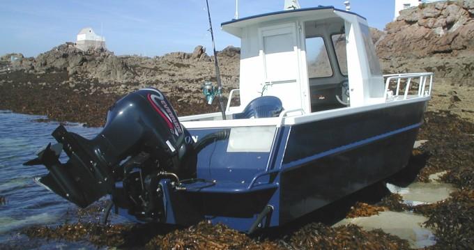 Rental Motorboat Gosselin with a permit