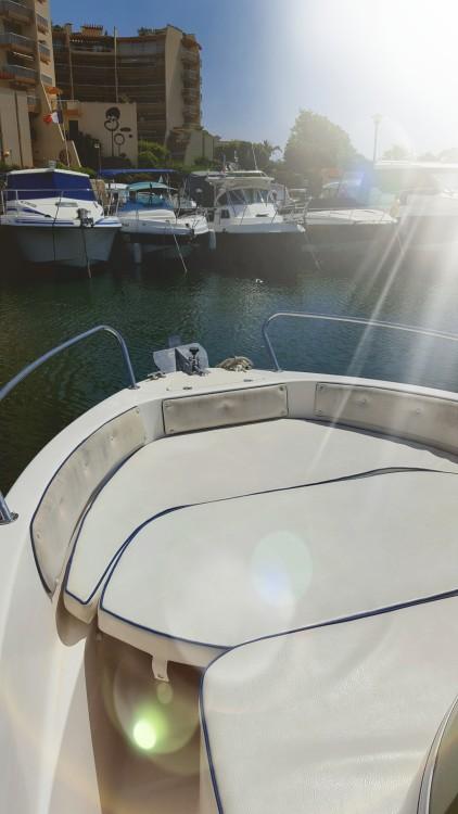 Rental yacht  - SAVER 620 WA OPEN 585 on SamBoat