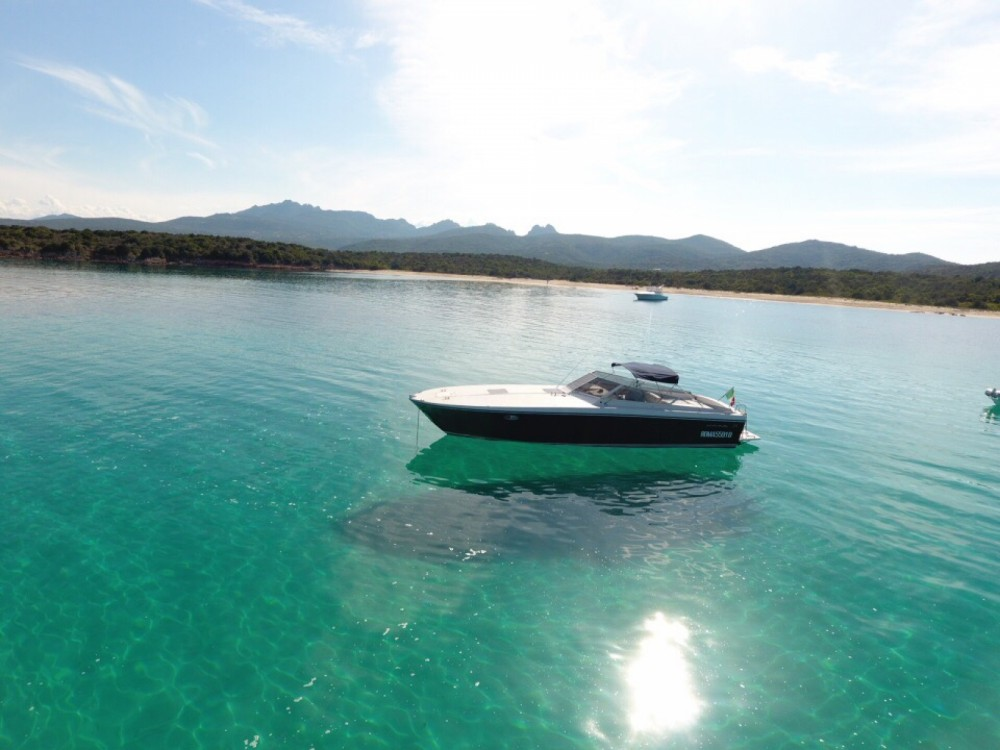 Motor boat for rent Porto Rotondo at the best price