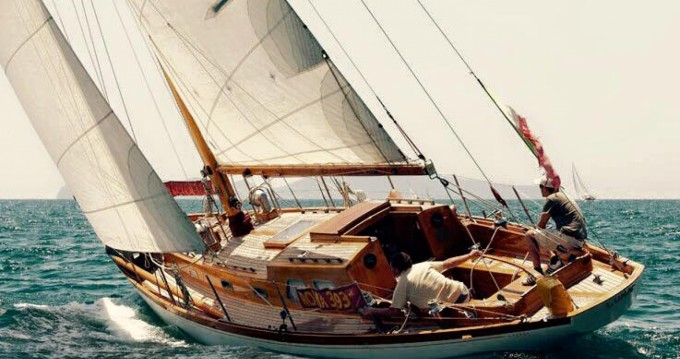Hire Sailboat with or without skipper Sparkman And Stephens Olbia