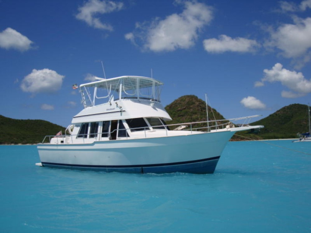 Boat rental  cheap 430 Trawler