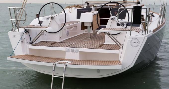Boat rental Porquerolles cheap Dufour 382 Grand Large
