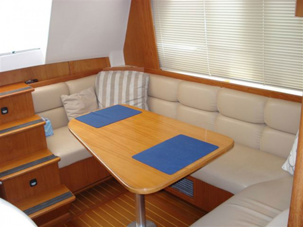 Rental yacht  - Mainship 430 Trawler on SamBoat