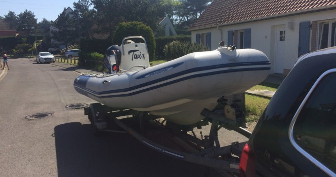 RIB for rent Boulogne-Sur-Mer at the best price