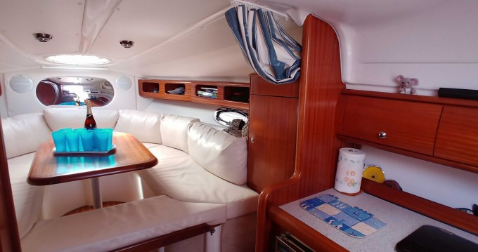Boat rental Saint-Cyr-sur-Mer cheap Bavaria 29 Sport