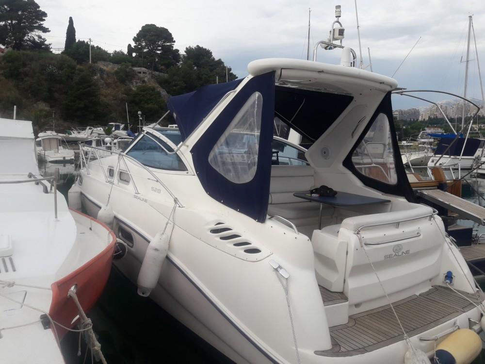 Rental Motor boat in Split - Seaward SEALINE S28
