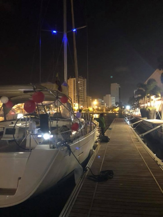 Dufour Dufour 450 Grand Large between personal and professional Cartagena