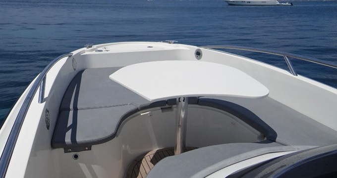 Rental Motorboat in Mandelieu-la-Napoule - Clear Aquarius Open