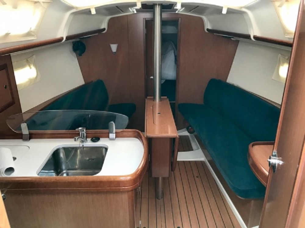 Sailboat for rent Otranto at the best price