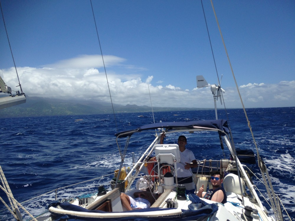 Hire Sailboat with or without skipper Ovni Pointe-à-Pitre