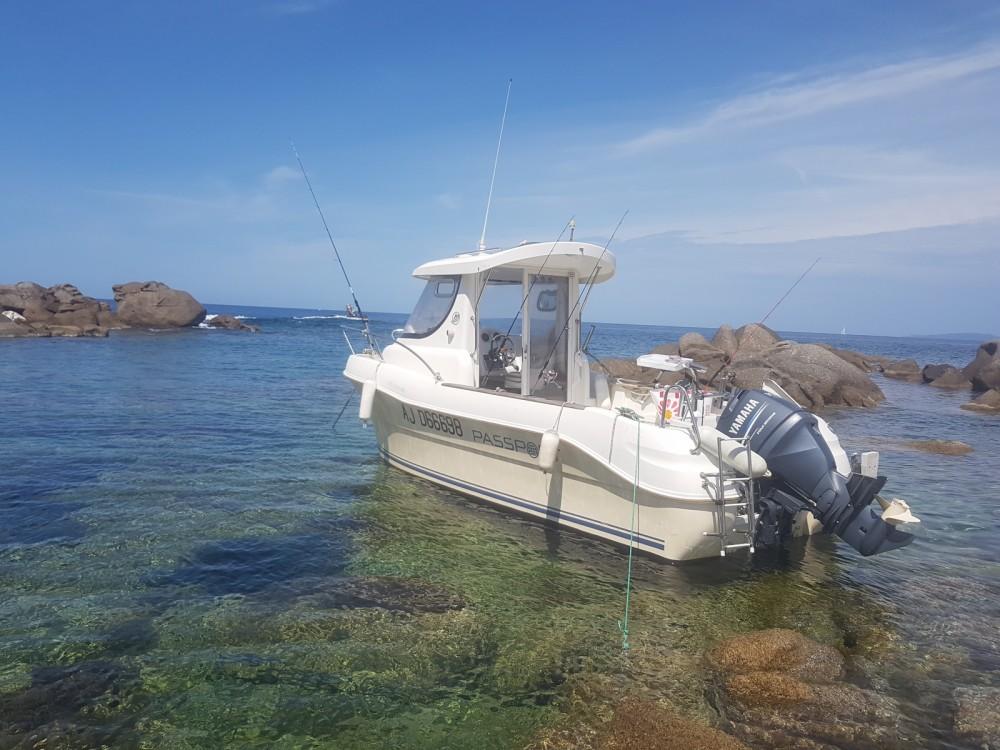 Rental Motor boat Arvor Quicksilver with a permit