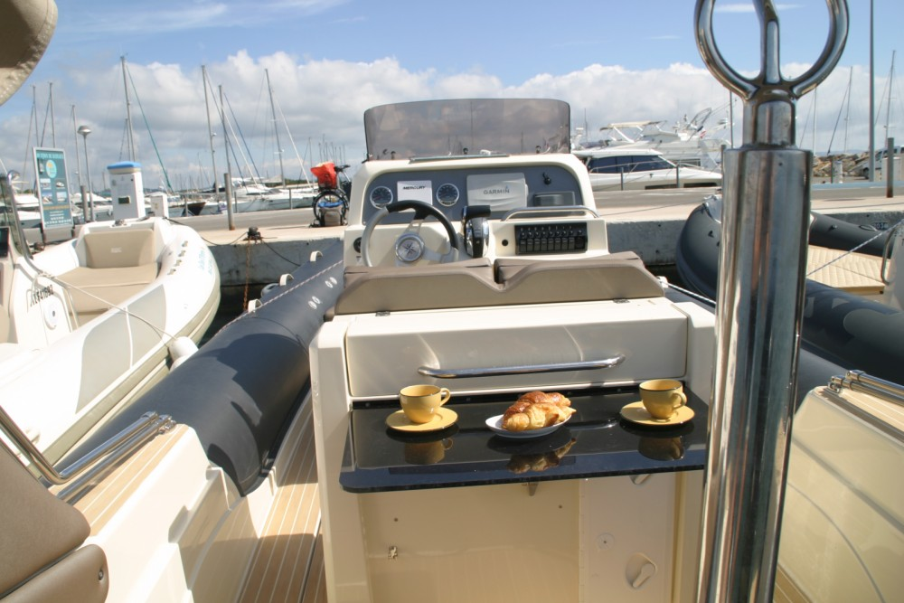 Rental yacht Hyères - Italboats STINGHER 27 GT on SamBoat
