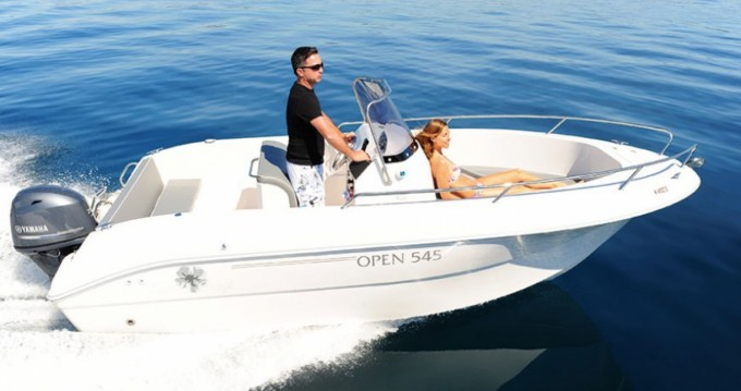 Boat rental Pacific Craft Pacific Craft 545 Open in Anglet on Samboat