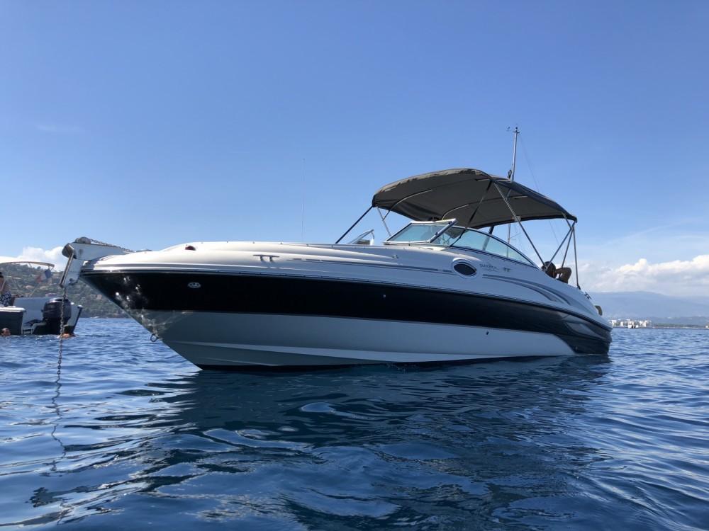 Rent a Sea Ray Sea Ray 240 Sundeck Mandelieu-la-Napoule