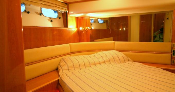 Boat rental Athens cheap Princess