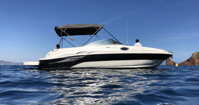 Sea Ray Sea Ray 240 Sundeck between personal and professional Mandelieu-la-Napoule
