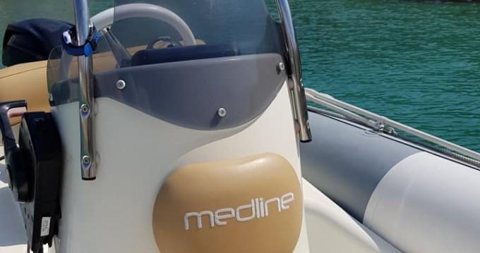 Rent a Zodiac Medline 500 Pointe-Rouge