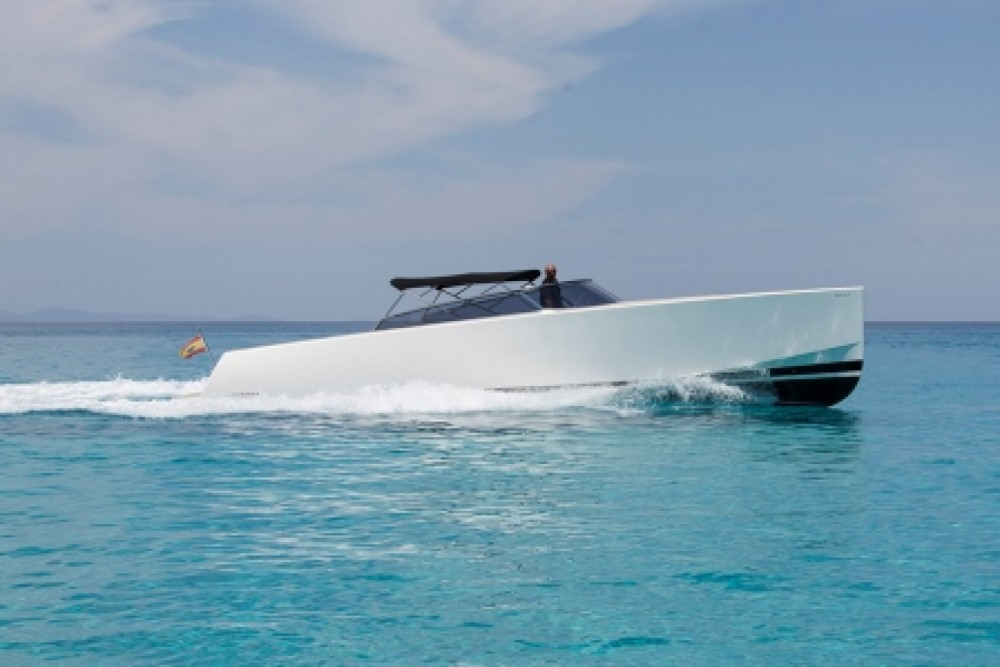 Hire Yacht with or without skipper VanDutch Balearic Islands