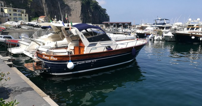Boat rental Apreamare Smeraldo 9 in Massa Lubrense on Samboat