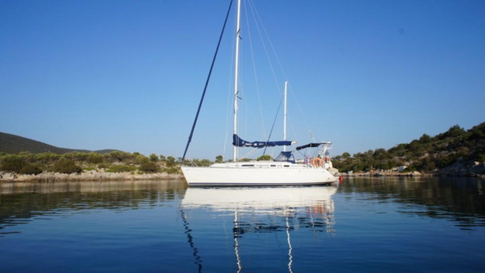 Rental Sailboat in Toulon - Dufour Dufour 36 Classic