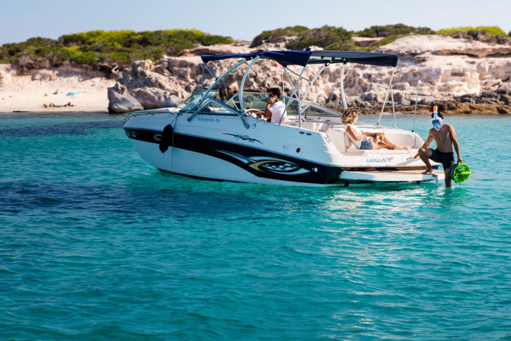 Hire Motor boat with or without skipper Rinker Ibiza