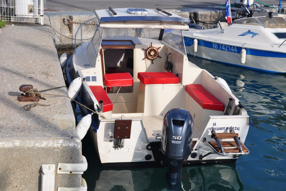 Hire Motor boat with or without skipper Ocqueteau Antibes