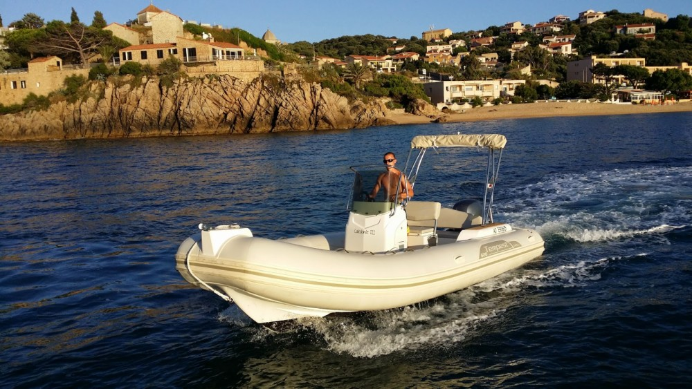 Hire RIB with or without skipper Capelli Propriano