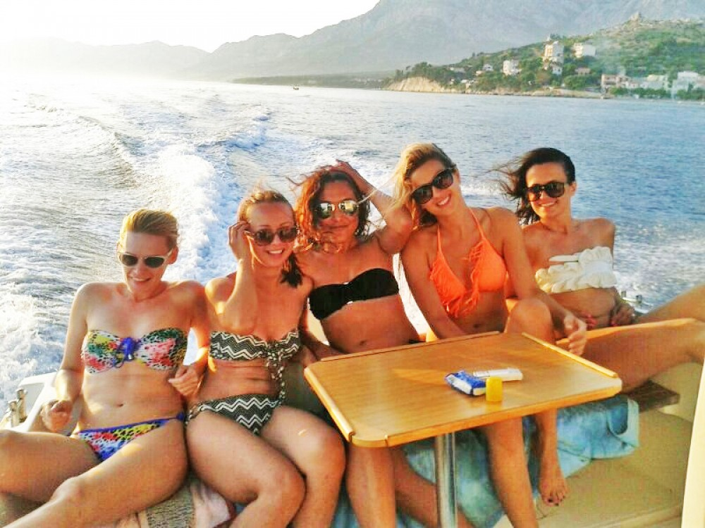 Hire Motor boat with or without skipper Patrol  Makarska