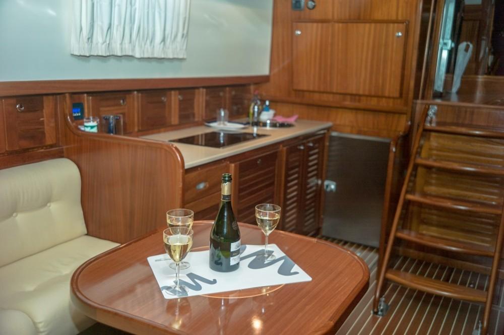 Boat rental Menorquin-Yachts 160 in Marina empuriabrava on Samboat