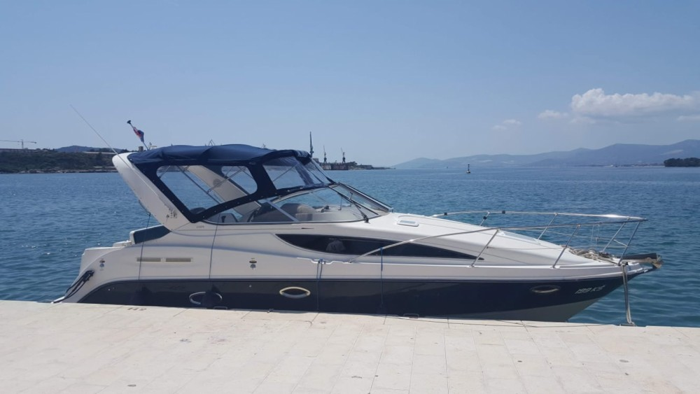 Boat rental Bayliner Ciera 285 in Split on Samboat
