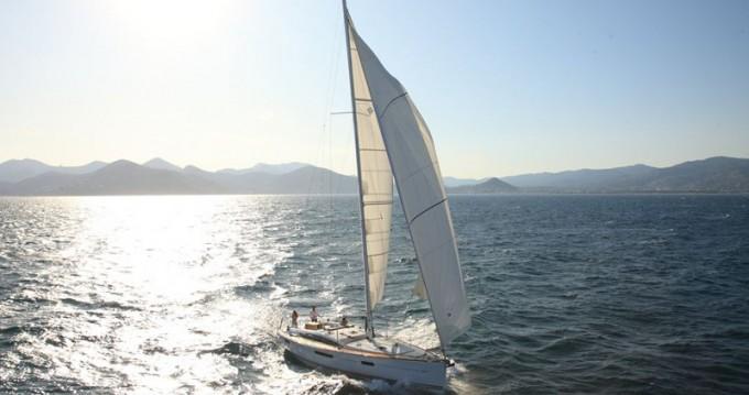 Rental yacht Alimos - Jeanneau Jeanneau 53 on SamBoat