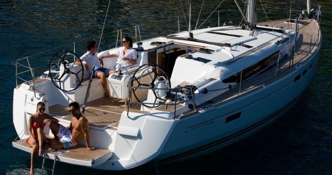 Boat rental Lávrio cheap Sun Odyssey 519