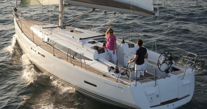 Boat rental Lávrio cheap Sun Odyssey 409