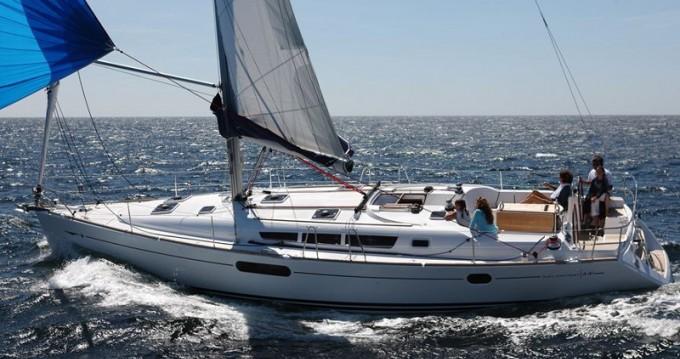 Rental yacht Alimos - Jeanneau Sun Odyssey 44i on SamBoat