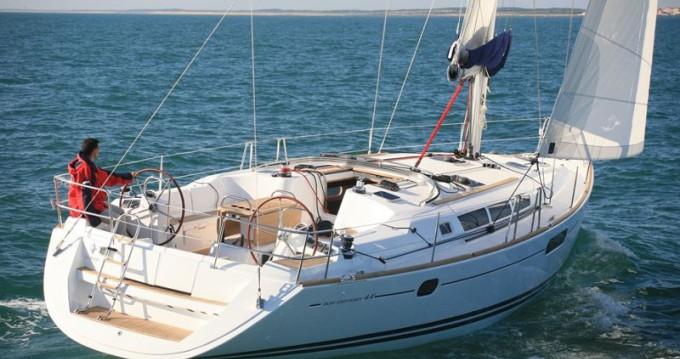 Rental Sailboat in Alimos - Jeanneau Sun Odyssey 44i