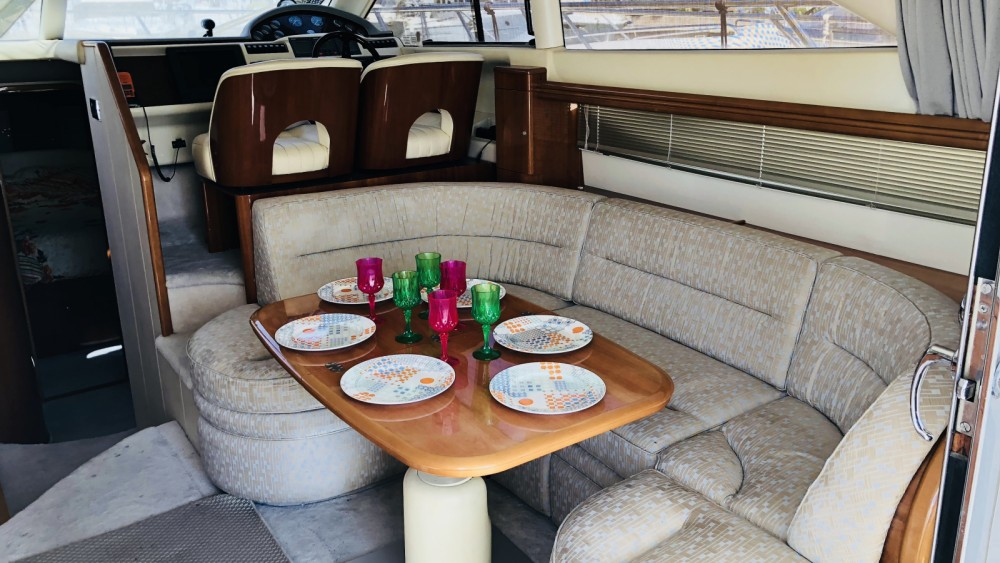 Motor boat for rent Saint-Raphaël at the best price