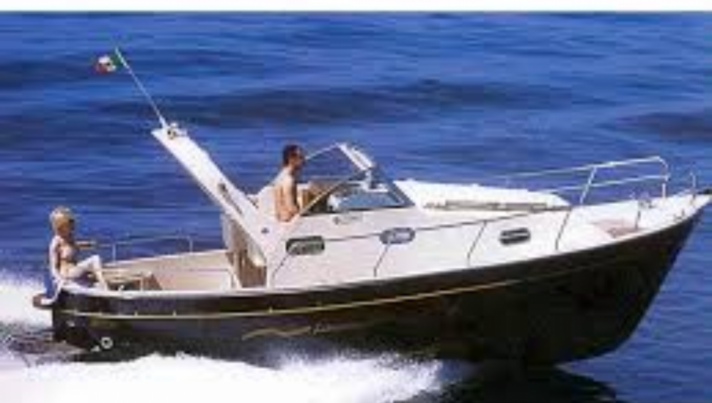 Motor boat for rent Monte di Procida at the best price
