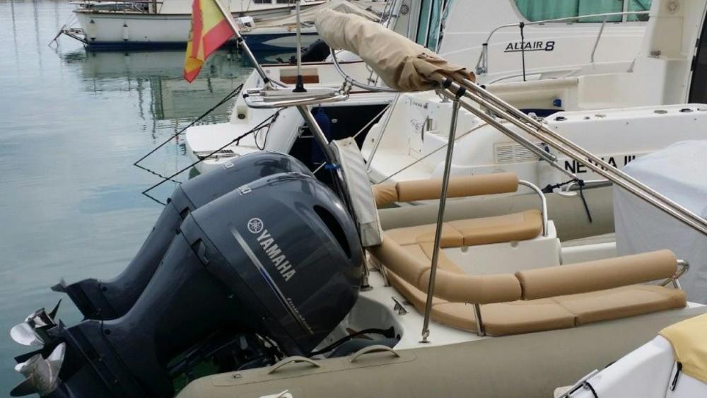 Boat rental Zodiac Medline 850 in Sitges on Samboat